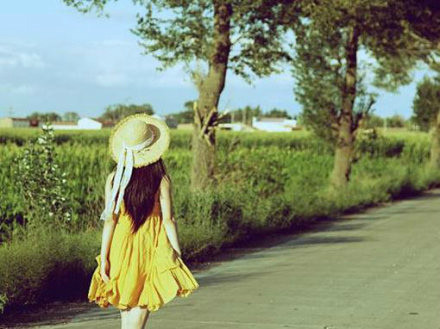 在遇见下一个喜欢你的人之前,最好的方法就是保持一段理智的单身。