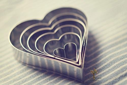 爱情句子,我想要把你揉碎抱在怀里,让你萦绕在我的心坎儿里甜甜蜜蜜。