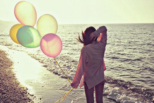 想做你的太阳,开心的时候温暖你,不开心的时候晒死你。