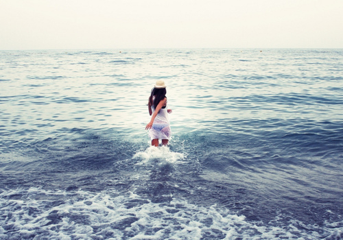 一直走一直等,等到你的脚步追上了我的人生。